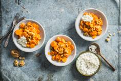 Carrot salad with cottage cheese