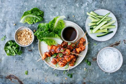 Chicken Sesame – Korean lettuce wraps