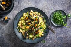 Couscous salad with mussels