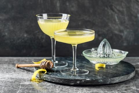 Bee's Knees Cocktail