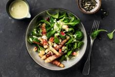Lamb's lettuce salad with salsify