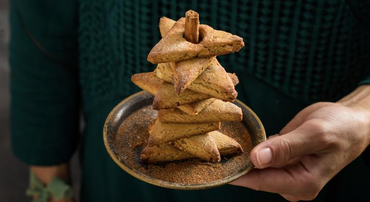 Christmas tree cinnamon cookies