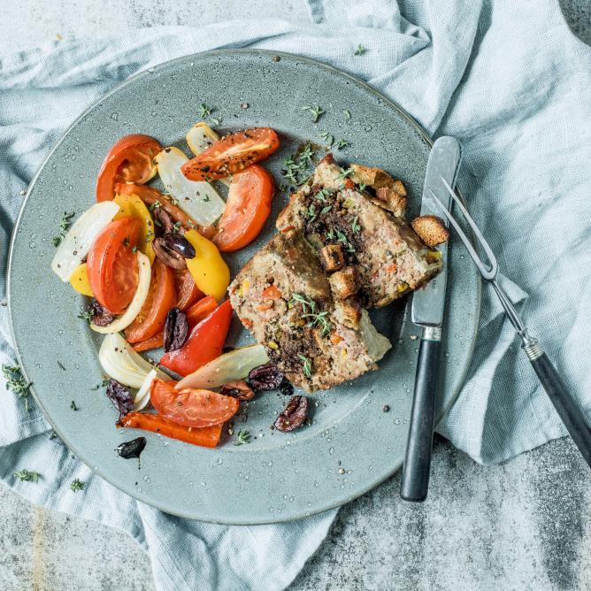 Summer meatloaf with roasted vegetables