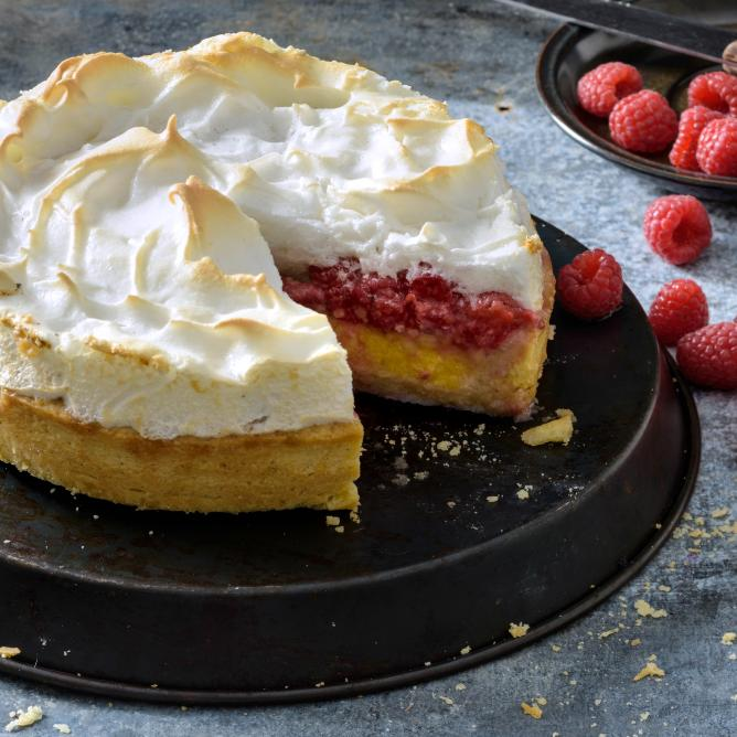 Berry Meringue Pie