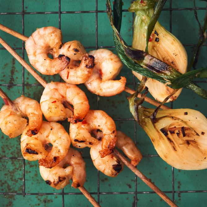 Thai-style grilled prawn skewers