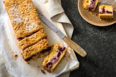 Kirschen-Cake mit Vanillestreuseln