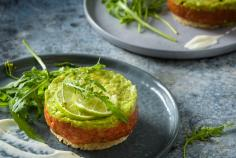 Beef tartare with dukkah, avocado and lime