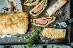 Sirloin steaks in puff pastry