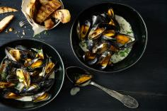 Mussels with Roquefort